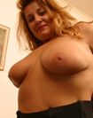 Samantha: Big Boob Housewife